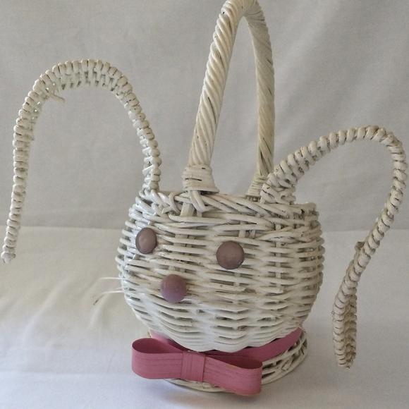 Vtg Wicker Easter Bunny Basket Planter Rabbit Whit